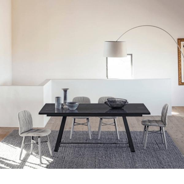 ALFRED TAVOLO Tavoli da casa e da riunione